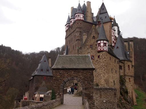 Burg Eltz Gateway