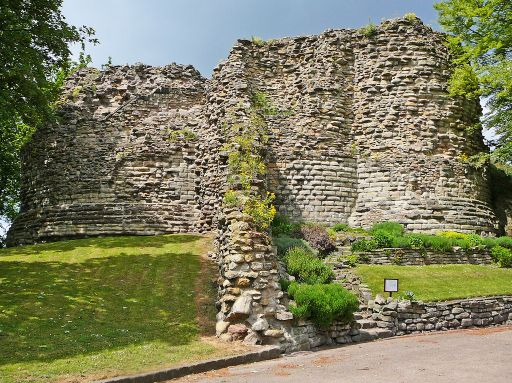 Ricard III, de William Shakespeare. Octubre del 2014 Pontefract_castle_ruins1