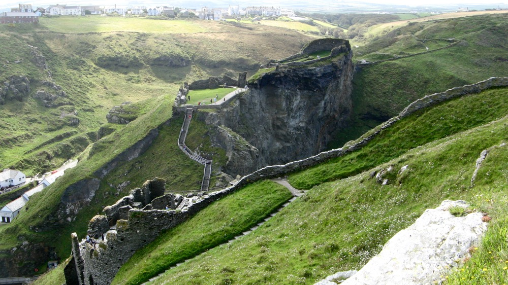 Distance view of Tintagel Castle